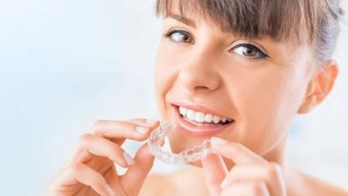 7 Oral Hygiene Tips for People With Teeth Aligners- TeethAlignDirect