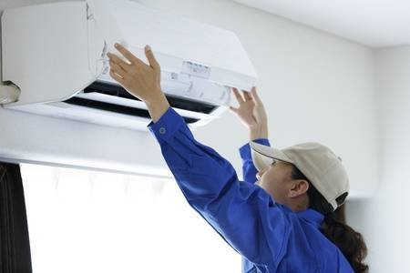 Get Served By Trained Technicians to Improve AC Functioning
