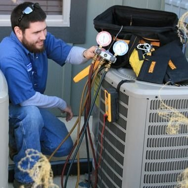 Low-cost Repair Sessions By Professional AC Technicians